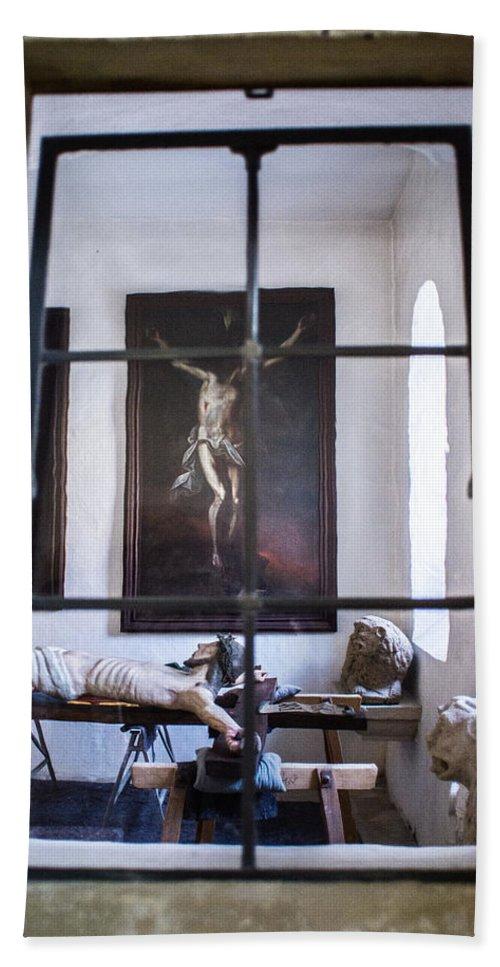 Bavaria Hand Towel featuring the photograph Jesus On The Cross by Rainbeau Decker