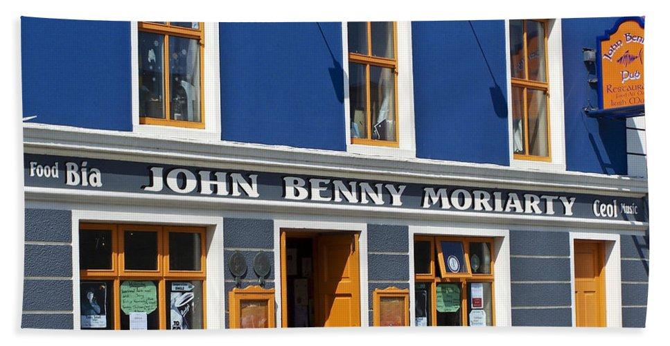 Irish Bath Towel featuring the photograph John Benny by Teresa Mucha