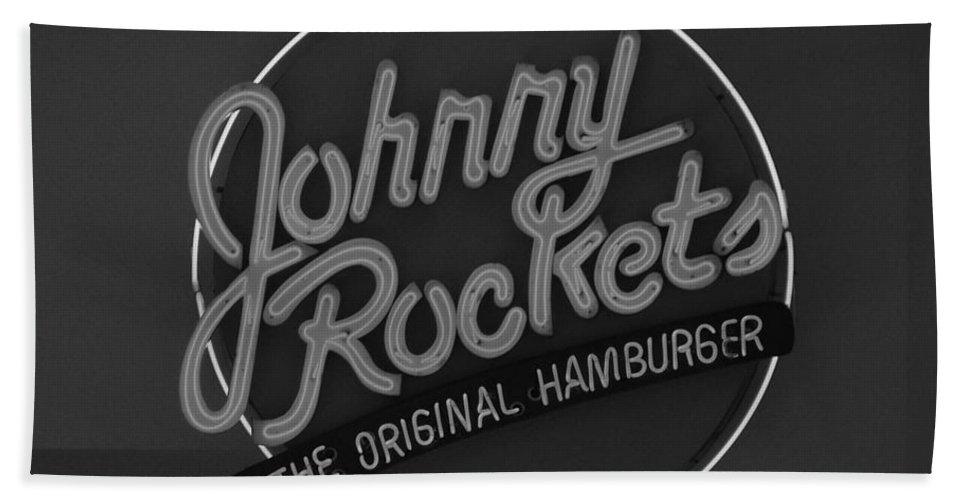 Macro Bath Sheet featuring the photograph Johnny Rockets by Rob Hans