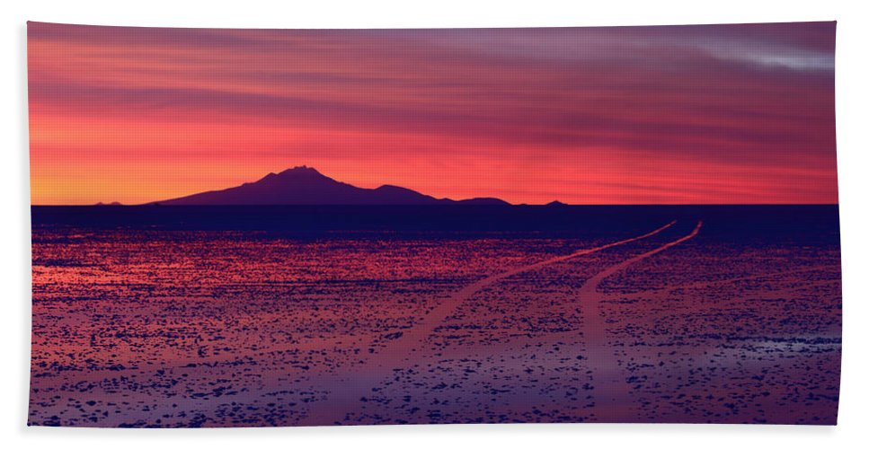 Salar De Uyuni Hand Towel featuring the photograph Journey In A Purple Dreamland by James Brunker