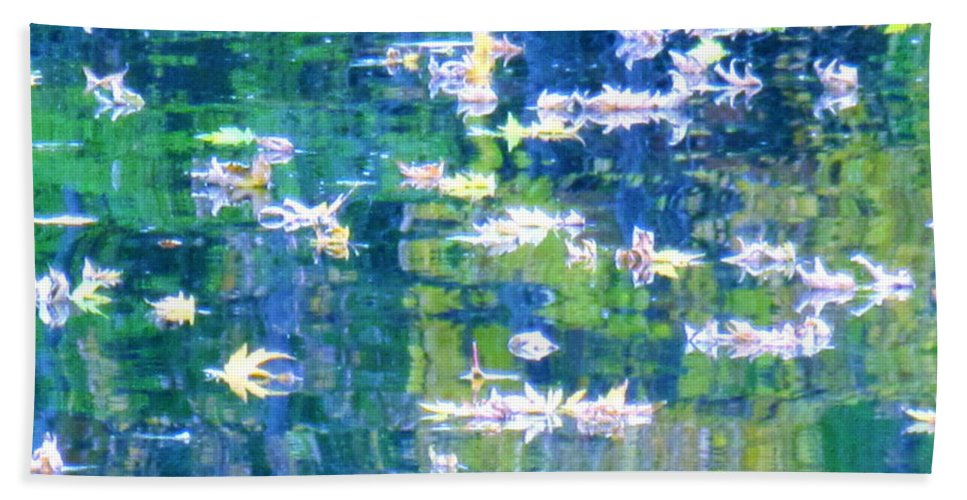 Water Art Hand Towel featuring the photograph Joyful Sound by Sybil Staples