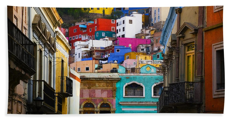 Architecture Bath Towel featuring the photograph Juegos In Guanajuato by Skip Hunt