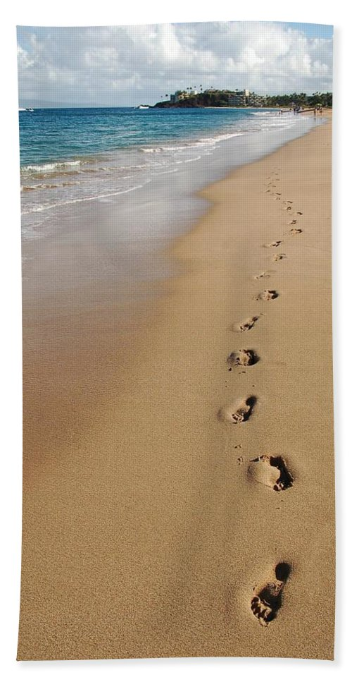 Kaanapali Beach Bath Sheet featuring the photograph Kaanapali Footprints In The Sand by Christine Owens