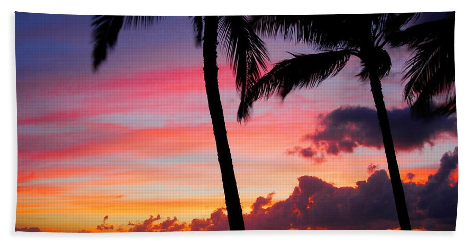Kaanapali Sunset Bath Sheet featuring the photograph Kaanapali Sunset Kaanapali Maui Hawaii by Michael Bessler