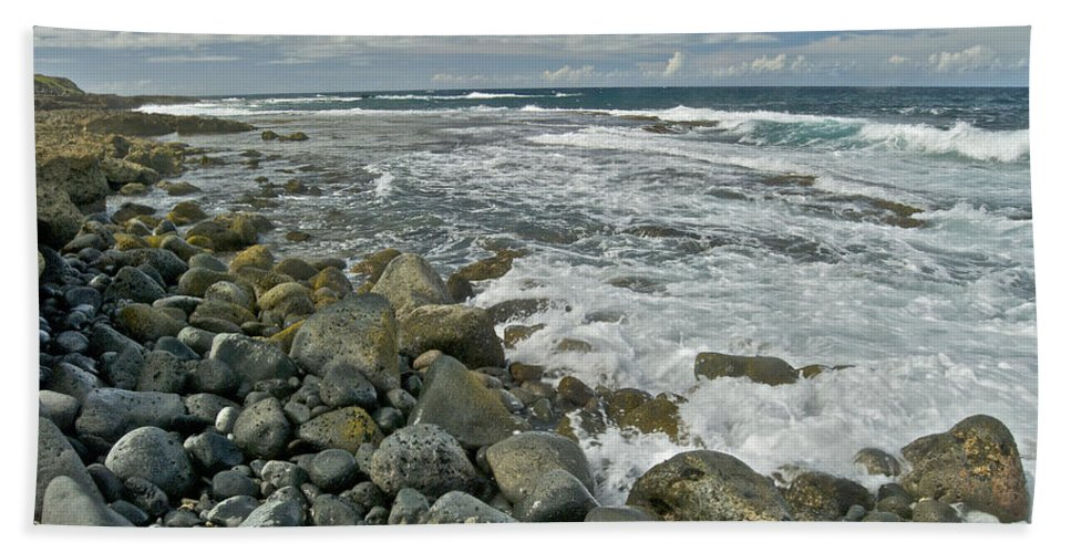 Hawaii Bath Towel featuring the photograph Kaena Point Shoreline by Michael Peychich