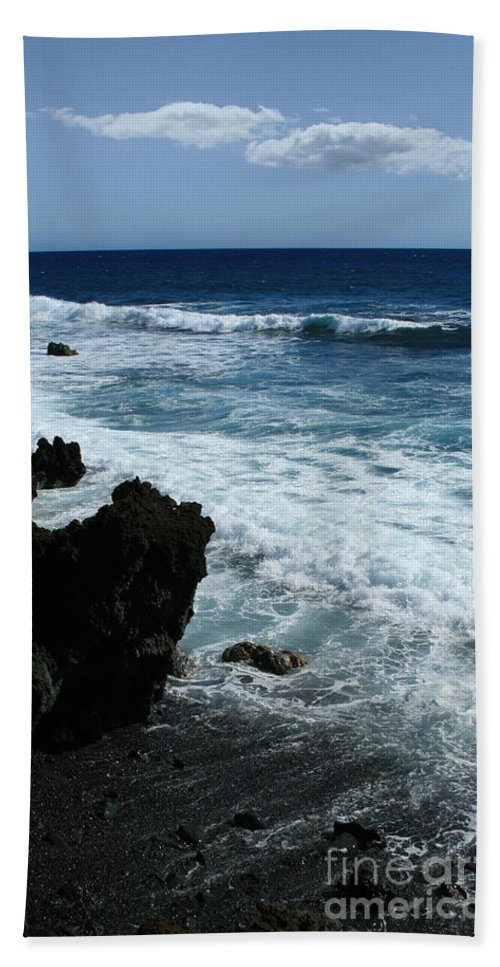Aloha Bath Sheet featuring the photograph Kanaio Ahihi Kinau Maui Hawaii by Sharon Mau