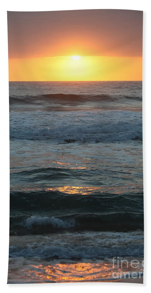 Kauai Hand Towel featuring the photograph Kauai Sunrise by Nadine Rippelmeyer
