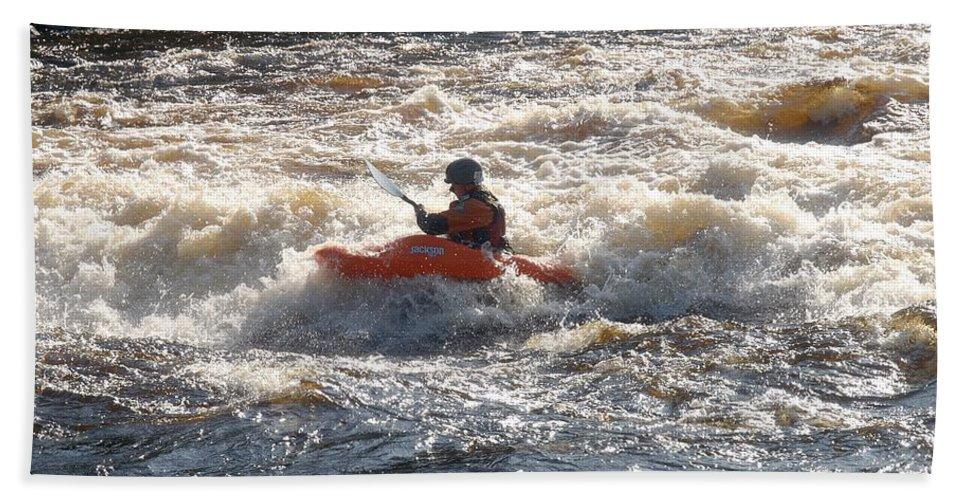 Lehtokukka Hand Towel featuring the photograph Kayak 1 by Jouko Lehto