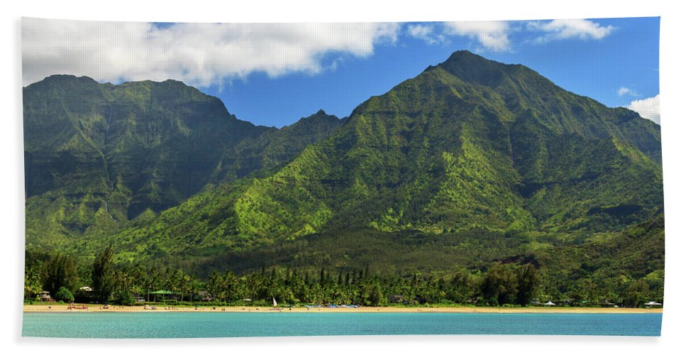 Kayak Bath Sheet featuring the photograph Kayaks In Hanalei Bay by James Eddy