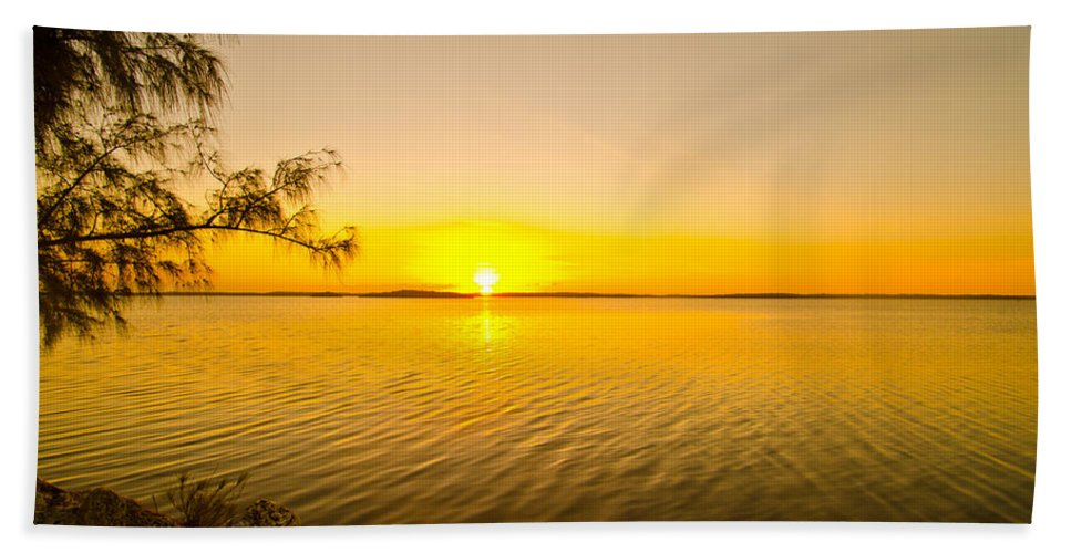 Sunrise Hand Towel featuring the photograph Key Largo Sunrise 2 by Chris Thaxter