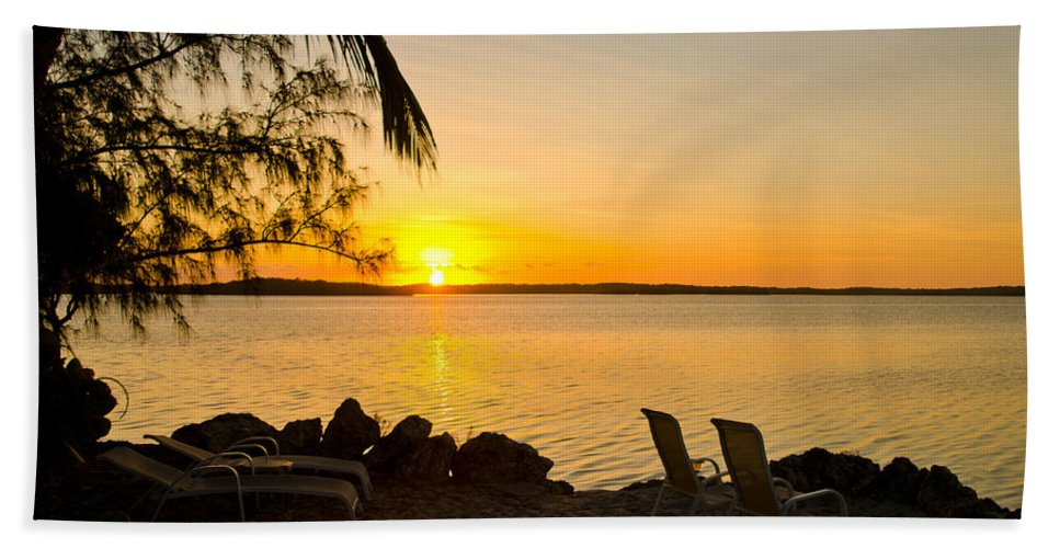Sunrise Hand Towel featuring the photograph Key Largo Sunrise by Chris Thaxter