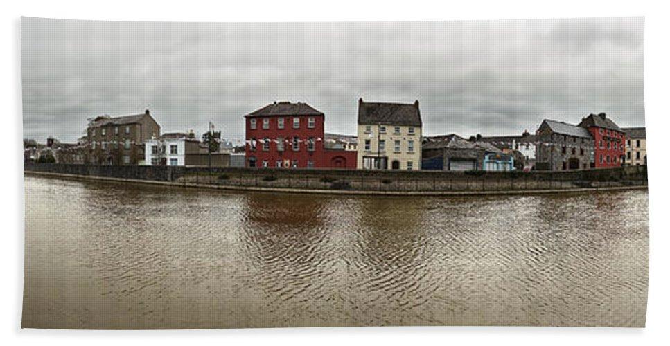 Kilkenny Hand Towel featuring the photograph Kilkenny, Ireland by David Ortega Baglietto