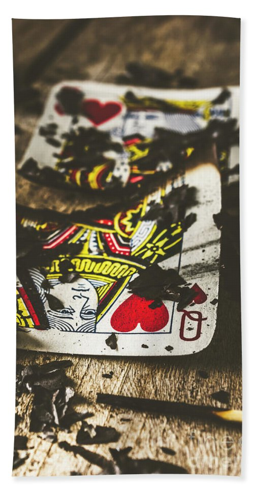 Gambling Hand Towel featuring the photograph King And Queen Of Broken Hearts by Jorgo Photography - Wall Art Gallery
