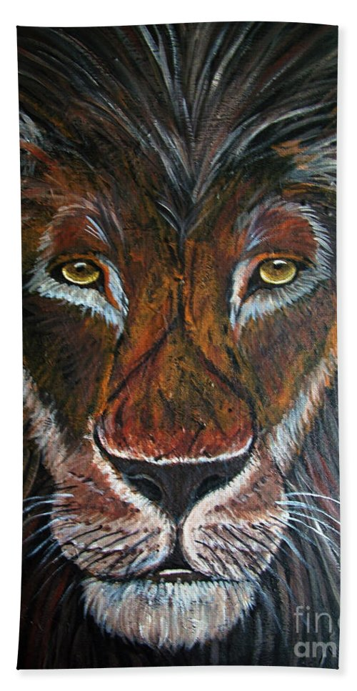 Lion Hand Towel featuring the painting King by Nick Gustafson