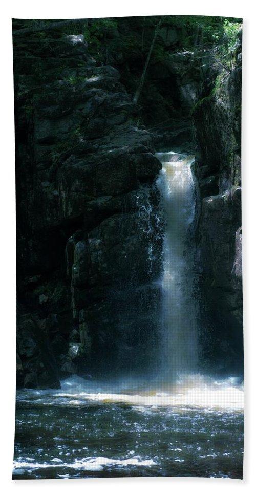 Falls Bath Sheet featuring the photograph Kinsman Falls 2 by Sherman Perry