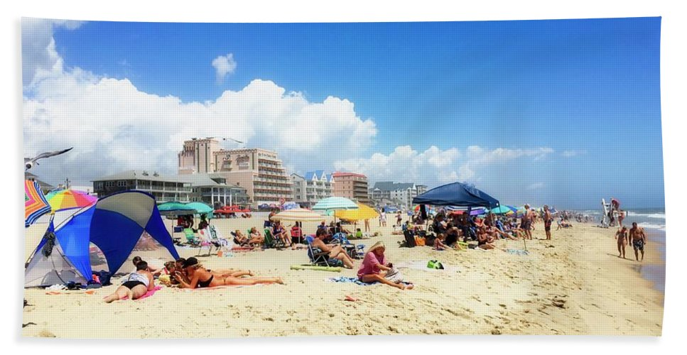 Ocean City Hand Towel featuring the photograph Blue Sky Day In Ocean City by Doug Swanson