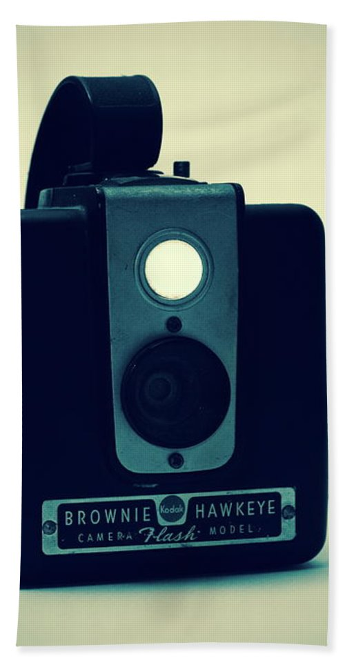 Camera Hand Towel featuring the photograph Kodak Brownie by Bob Orsillo