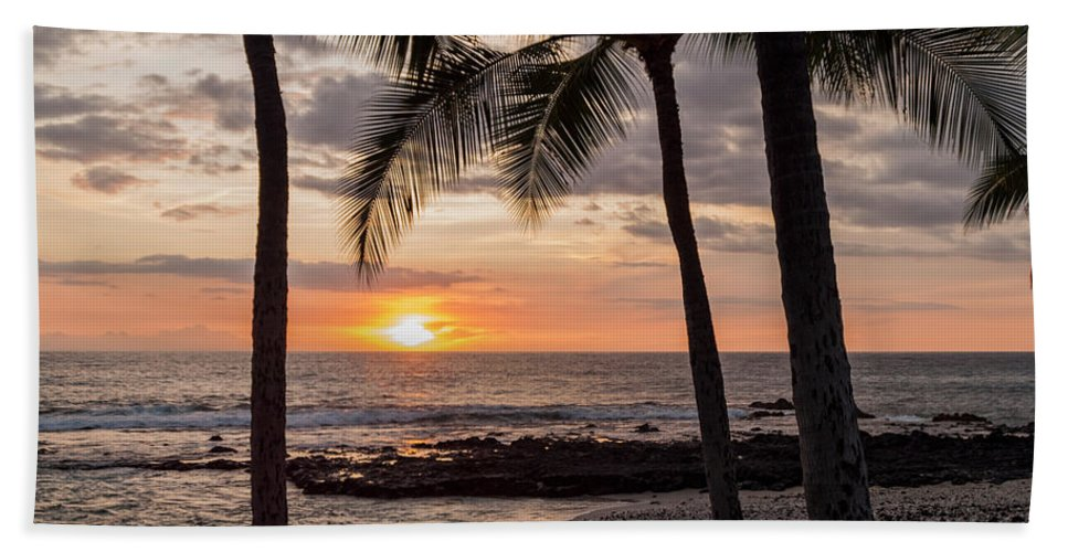 Kona Big Island Hawaii Beach Ocean Sunset Bath Sheet featuring the photograph Kona Sunset by Brian Harig
