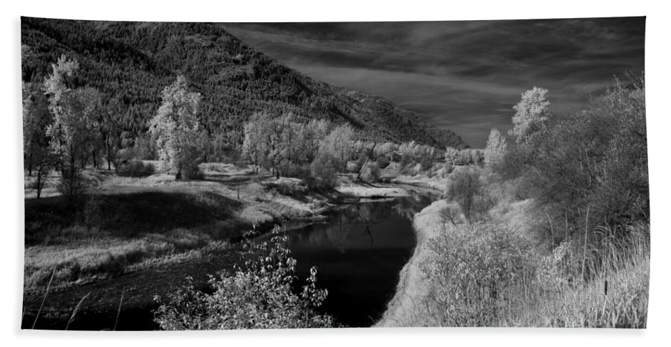 B&w Bath Sheet featuring the photograph Kootenai Wildlife Refuge In Infrared 3 by Lee Santa