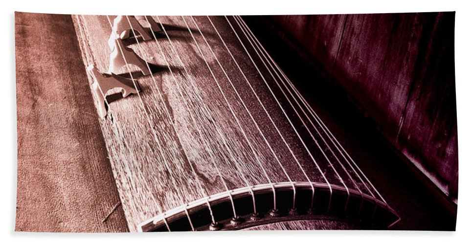 Koto Hand Towel featuring the photograph Koto - Japanese Harp by Bill Cannon