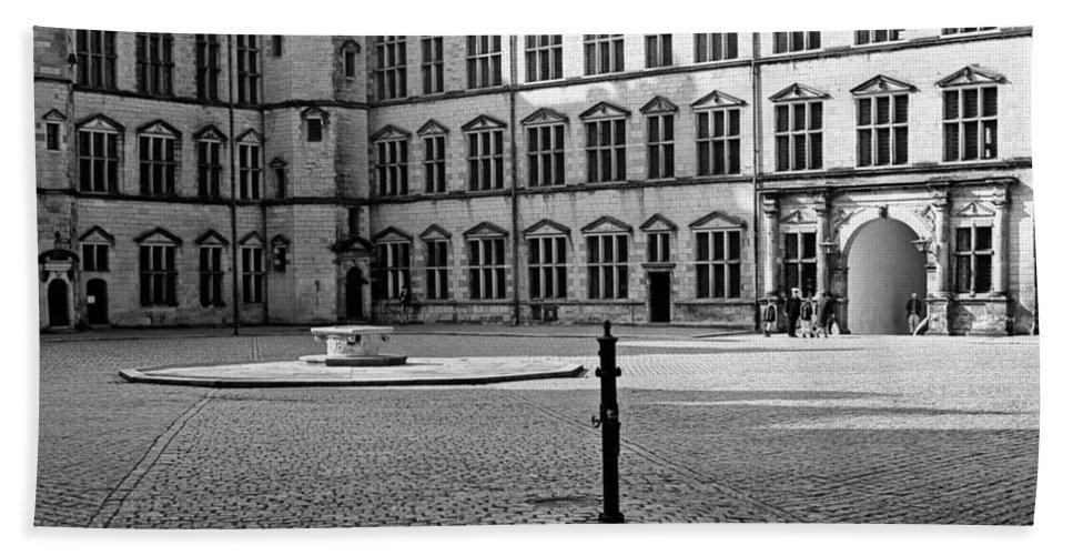 Hamlet's Castle Bath Sheet featuring the photograph Kronborg Castle Courtyard by Lee Santa