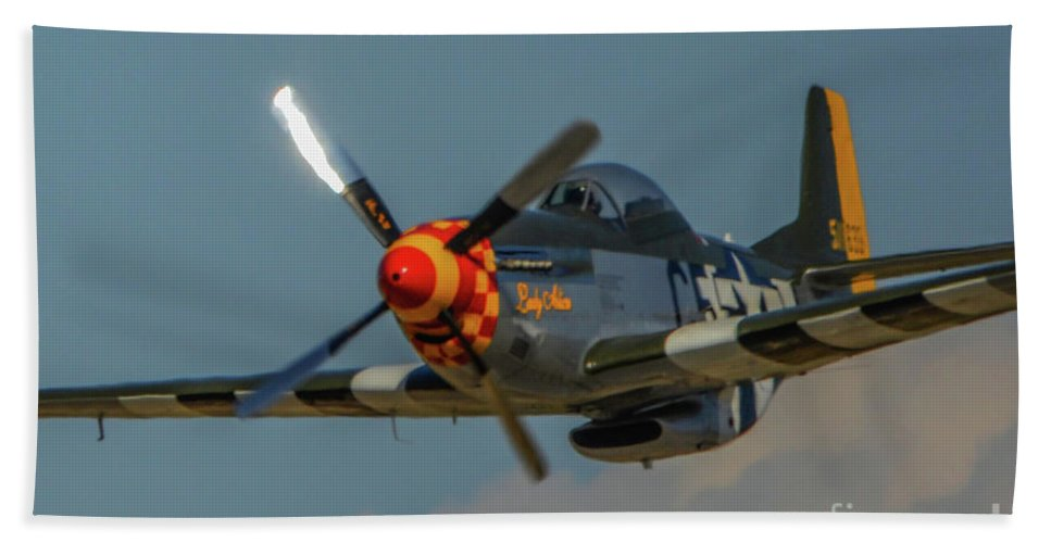 North American P-51d Mustang Bath Sheet featuring the photograph Lady Alice 2 by Tommy Anderson