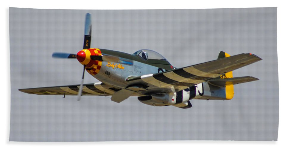 North American P-51d Mustang Bath Sheet featuring the photograph Lady Alice 4 by Tommy Anderson
