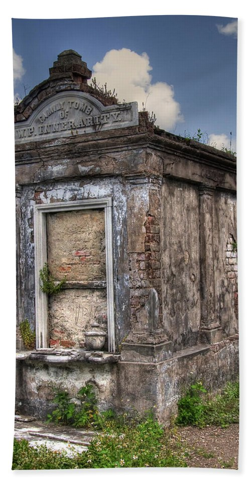 New Orleans Bath Towel featuring the photograph Lafayette Crypt 2 by Tammy Wetzel