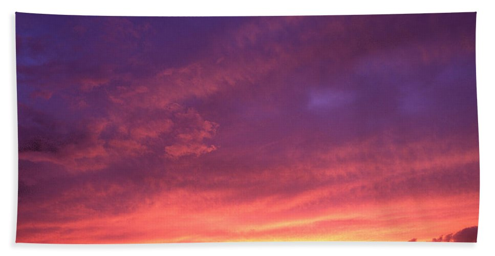 Sunset Bath Sheet featuring the photograph Laguna Sunset by George Cabig