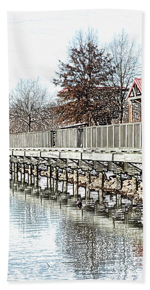 Lakes Hand Towel featuring the photograph Lake by Amanda Barcon