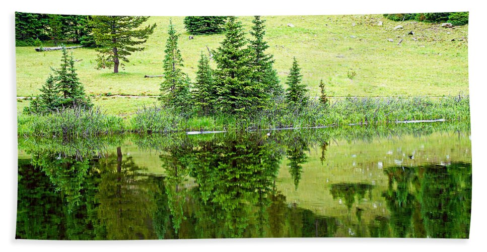 Lake Hand Towel featuring the photograph Lake Irene 12-2 by Robert Meyers-Lussier