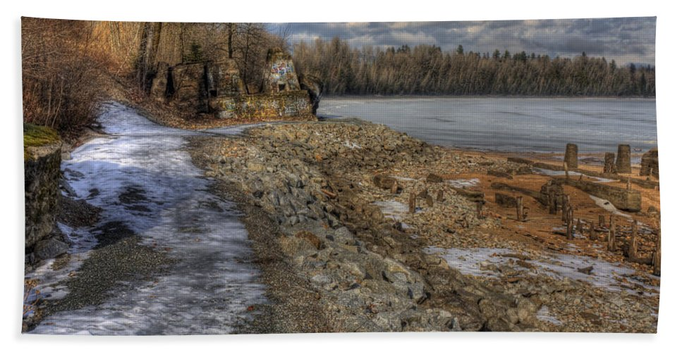 Landscape Hand Towel featuring the photograph Lake Pend D'oreille At Humbird Ruins by Lee Santa