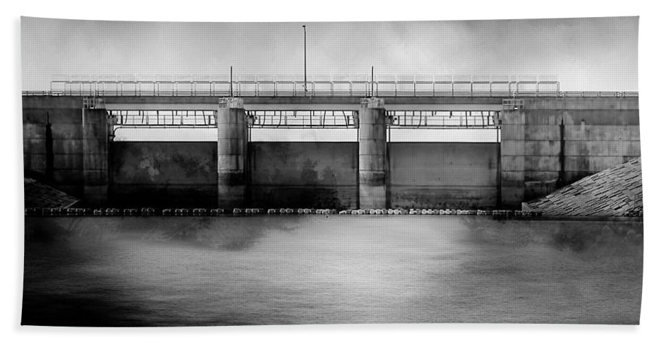 Theresa Campbell Bath Sheet featuring the photograph Lake Shelbyville Dam by Theresa Campbell