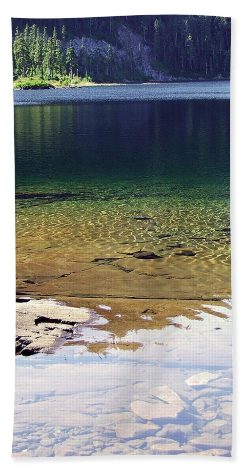 Vancouver B.c. Hand Towel featuring the photograph Lake Washington by Robert Meanor