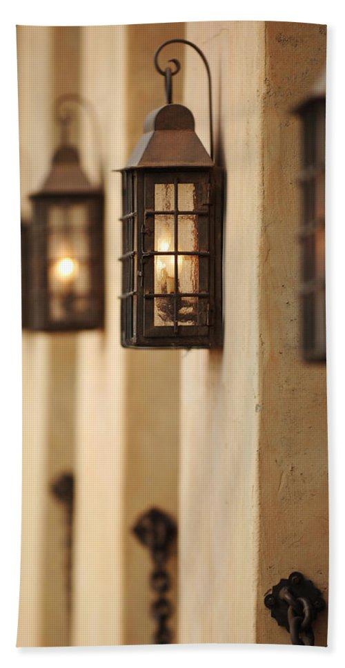Urban Hand Towel featuring the photograph Lamp Light by Jill Reger
