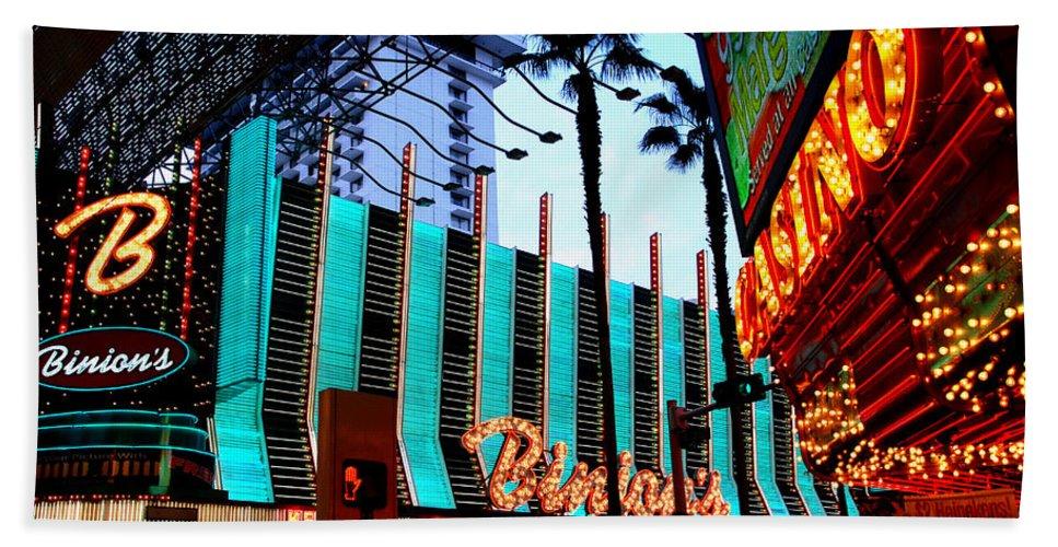 Las Vegas Bath Sheet featuring the photograph Las Vegas Lights II by Susanne Van Hulst