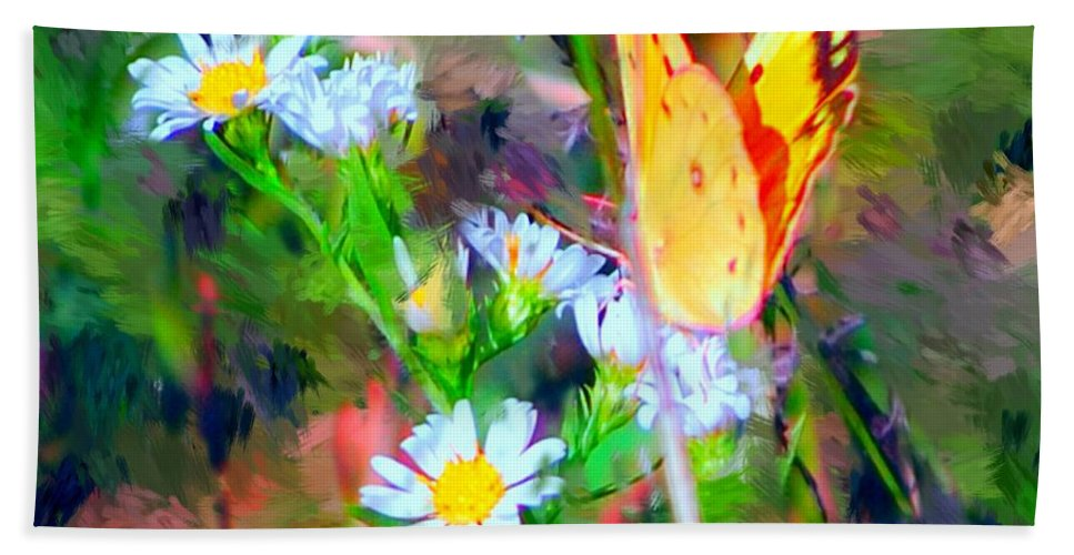 Landscape Bath Towel featuring the painting Last Of The Season by David Lane