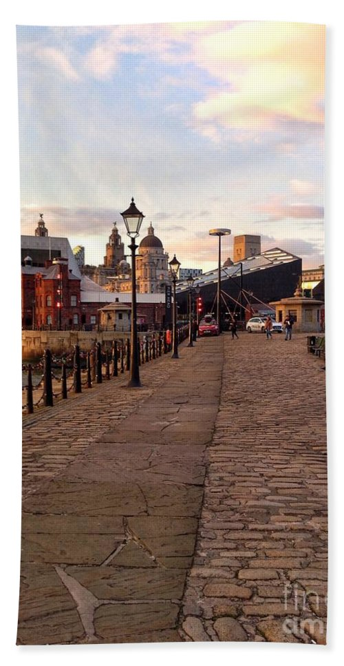 Albert Dock Hand Towel featuring the photograph Late Afternoon At Albert Dock by Joan-Violet Stretch