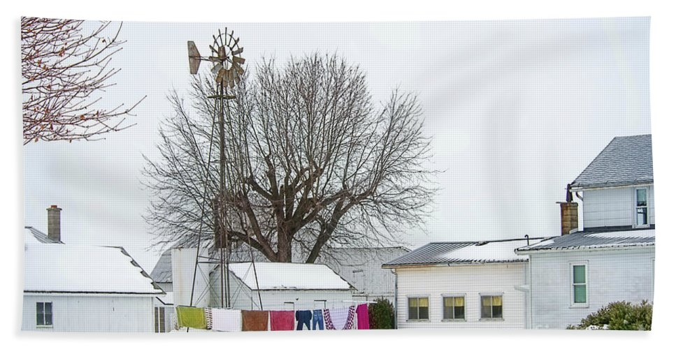Amish Bath Sheet featuring the photograph Laundry Drying In Winter by David Arment