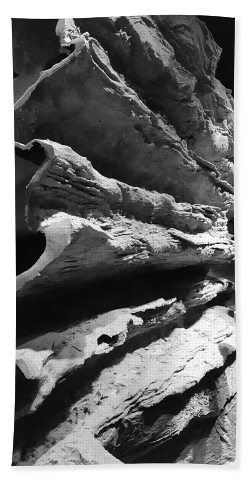 Rock Bath Sheet featuring the photograph Layered Curves B W by Rob Hans