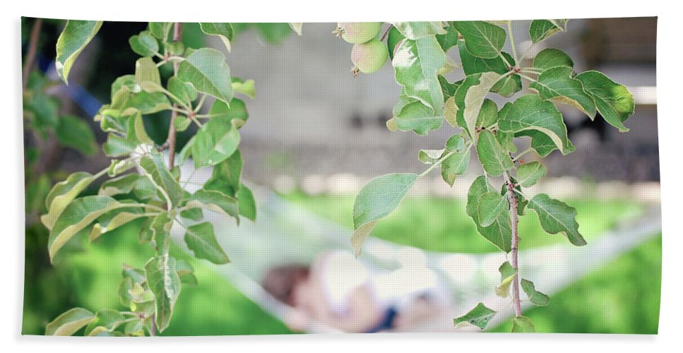 Summer Hand Towel featuring the photograph Lazy Days Of Summer by Lisa Knechtel