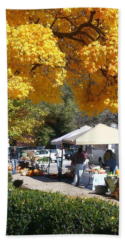 Fall Hand Towel featuring the photograph Liberty Farmers Market by Steve Karol