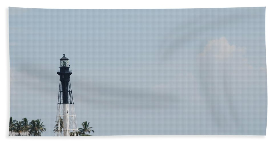 Light House Hand Towel featuring the photograph Light House Point by Rob Hans
