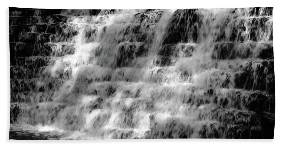 Black And White Bath Sheet featuring the photograph Light On The Jones Mill Run Dam by Shelley Smith