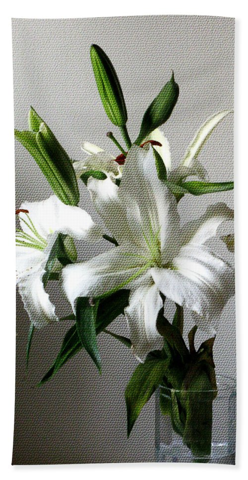 White Flower Bath Sheet featuring the digital art Lily Flower by Christopher Shellhammer