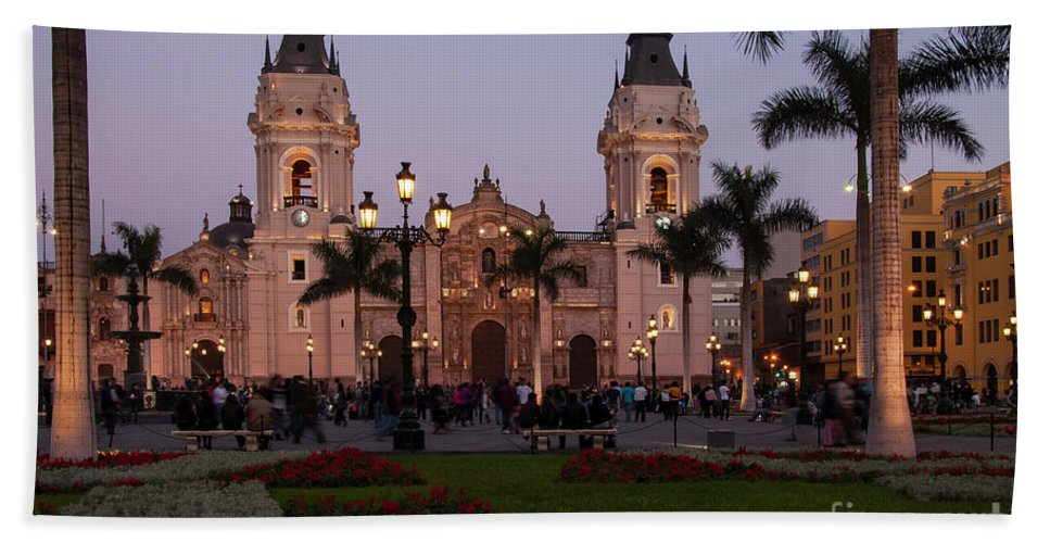 Lima Cathedral Hand Towel featuring the photograph Lima Cathedral At Night by Bob Phillips