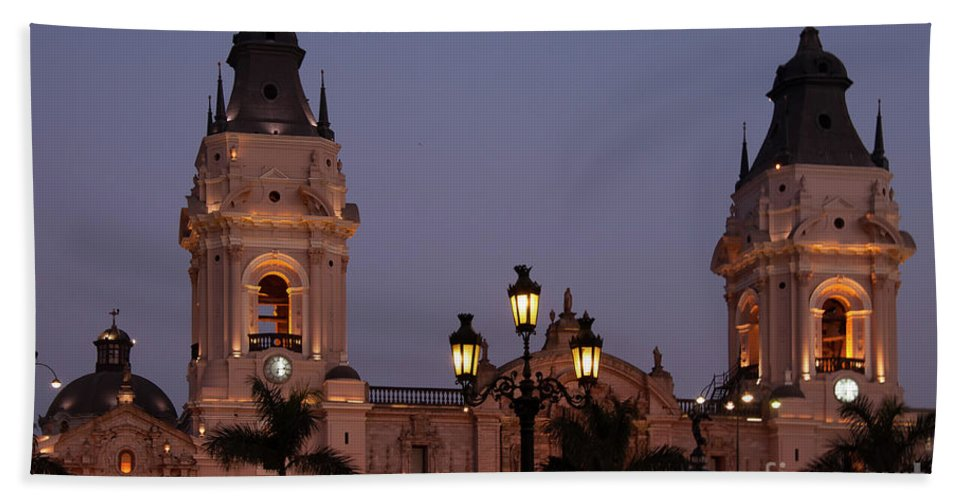 Plaza Mayor Hand Towel featuring the photograph Lima Cathedral Twin Towers One by Bob Phillips