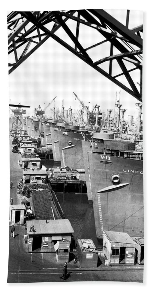 1940s Hand Towel featuring the photograph Line Of Victory Ships by California Shipbuilding Corporat