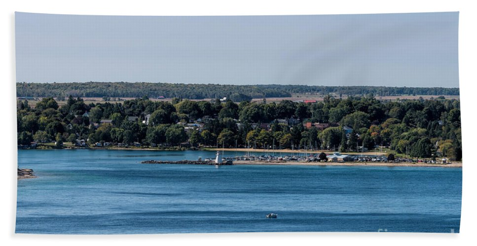 Lions Head Hand Towel featuring the photograph Lions Head Harbor, Ontario by Les Palenik