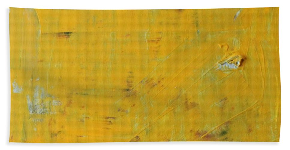 Yellow Bath Towel featuring the painting Little Dab Will Do Ya by Pam Roth O'Mara